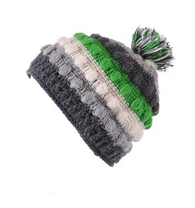 008C - Bonnet laine